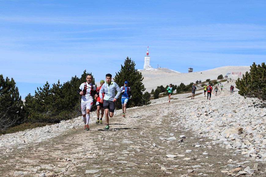 Adeline Roche et Marc Lauenstein, vainqueurs du 46 km de l'Ergysport Trail du Ventoux
