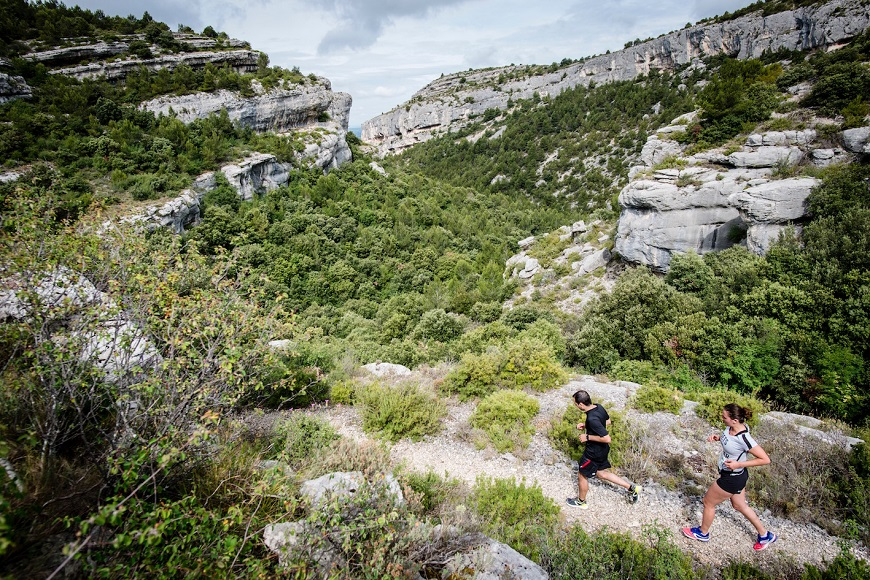 RUN LAGNES Trail running à la Provençale by Andy Symonds