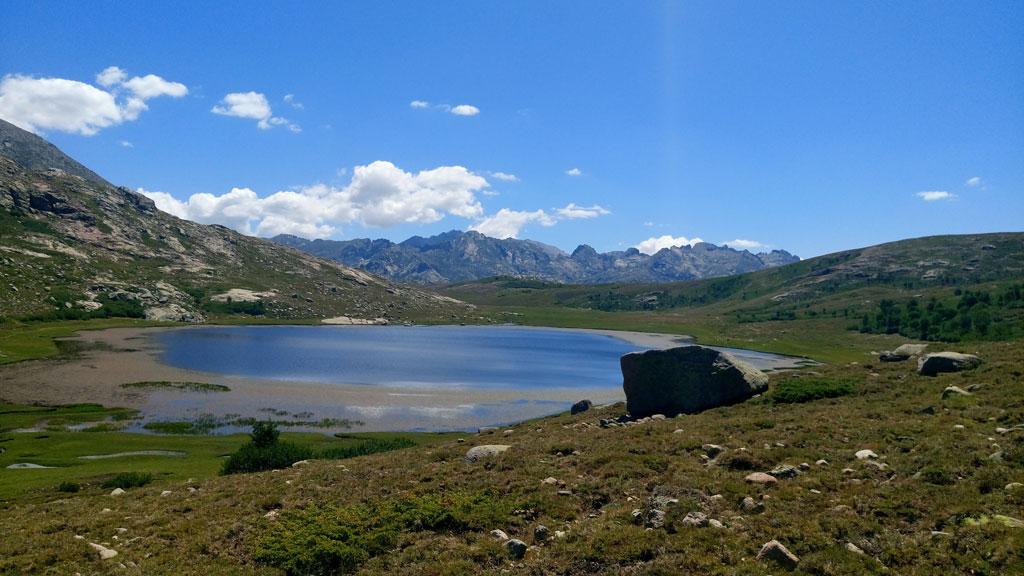 Lac Ninu